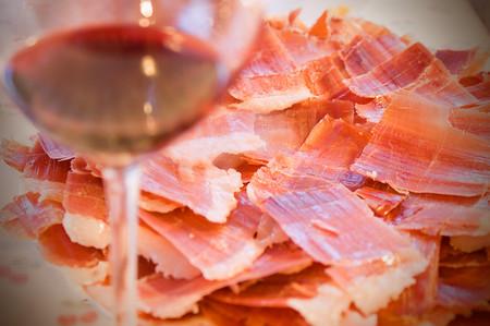 Vino, jamón y aceite, los mejores ingredientes para atraer turismo