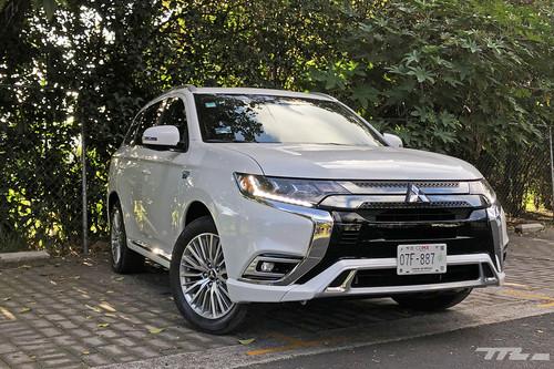 Mitsubishi Outlander PHEV, a prueba: Cuando el espacio y la eficiencia pueden convivir sin problema alguno