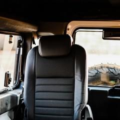 Foto 20 de 28 de la galería land-rover-defender-old-fuji-white-by-osprey en Motorpasión México
