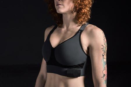 Sports Bra Ombra App Technology Sportswear Dezeen 936 5