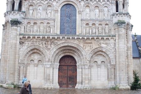 Un viaje en familia a Poitiers para disfrutar del románico y de la época medieval (1/2)