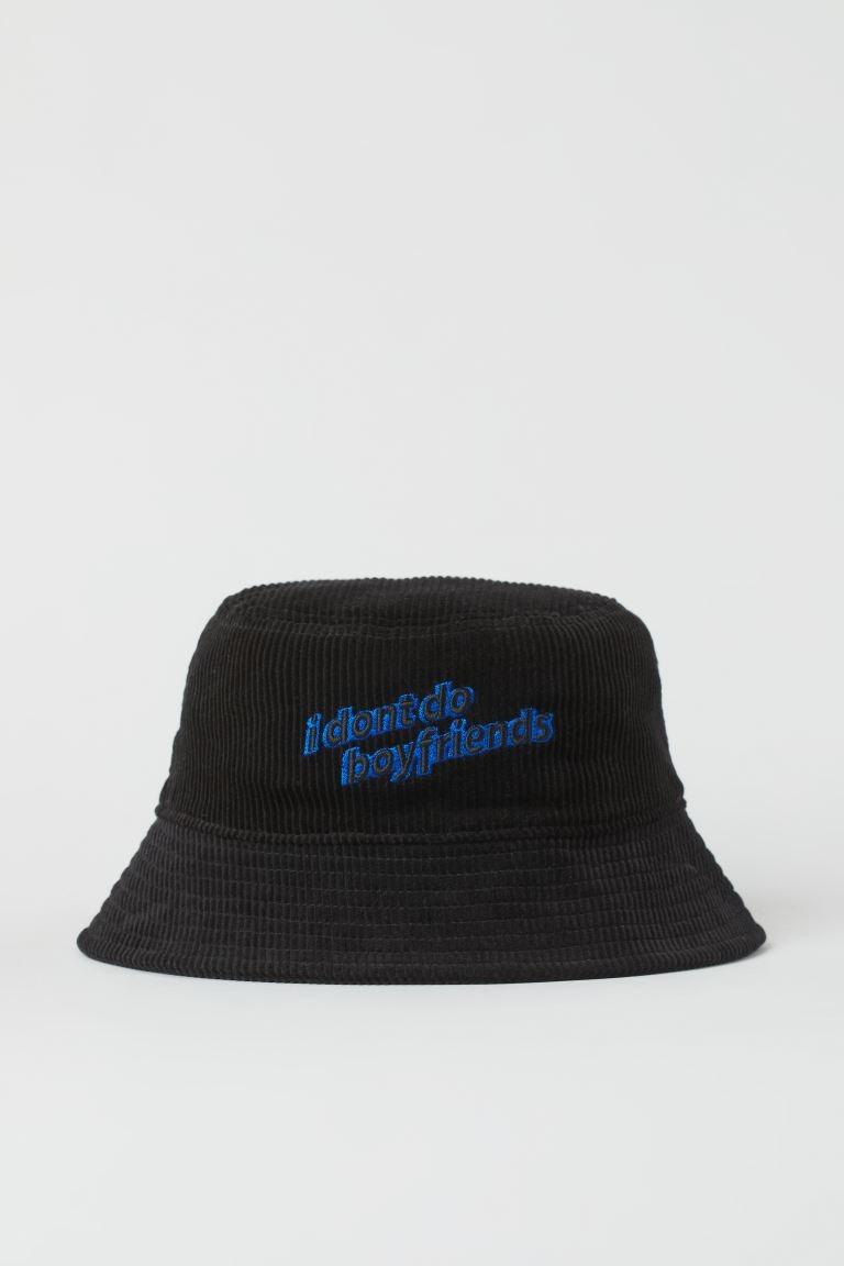 Sombrero bucket Sex Education x H&M.