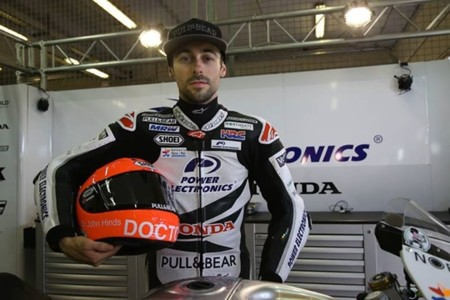 MotoGP Alemania 2015: así rindió su particular homenaje Eugene Laverty a John Hinds