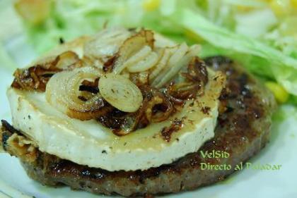 Hamburguesa con queso de cabra