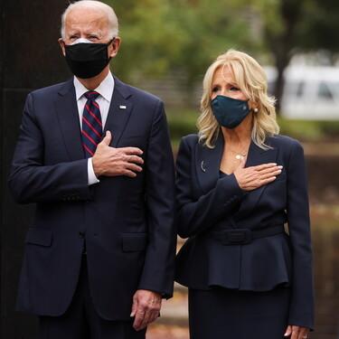 Jill Biden apuesta por un elegante total look de color navy antes de convertirse en la Primera Dama de los Estados Unidos