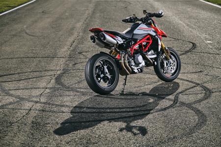 Ducati Hypermotard 950 Sp 34 Uc287660 Mid