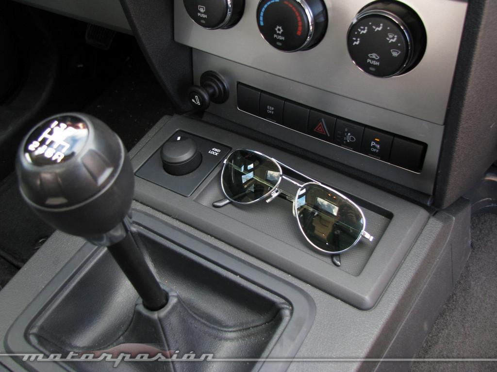 Foto de Dodge Nitro (prueba) (23/26)