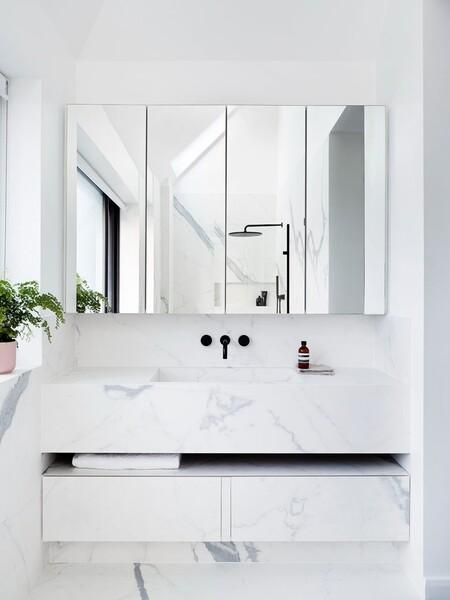Baños con estilo; 19 grifos de lavabo negros (a buen precio) con los que modernizar el cuarto de baño