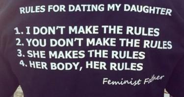 Los padres feministas que nos gustan no eligen a nuestros novios. Se ponen esta camiseta.