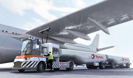Total y Gaussin desarrollarán el primer camión eléctrico de repostaje de aviones, con una capacidad de remolque de 60 toneladas