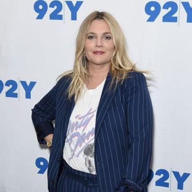 Drew Barrymore está harta de que le pregunten si está embarazada: «Dejadme engordar en paz»
