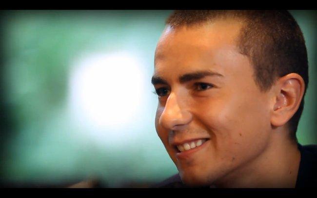 Jorge Lorenzo entrevistado por Alpinestars