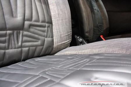 Lancia Ypsilon Versus Paris
