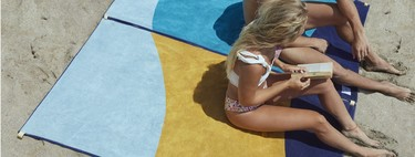 Para este verano Tucca propone renovar las toallas de playa, ¡al fin con sistema de sujeción!