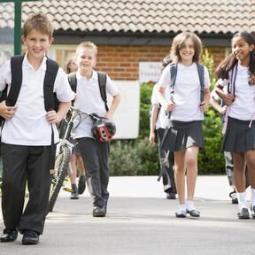 Adaptar el horario escolar mejora el rendimiento académico y la conducta de los niños: Gonzalo Pin, experto en sueño, explica cómo