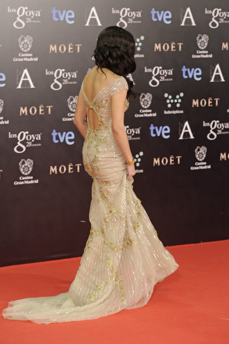 Premios Goya 2014 vestidos con escotes en la espalda. Clara Lago de Zuhair Muhrad
