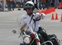 Menos mal que las Harley Davidson no son manejables