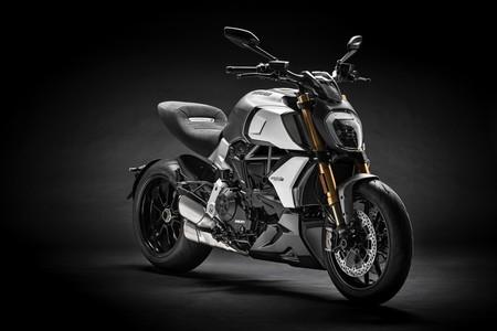 Ducati Diavel 2019: Una ultra-naked a la italiana con 159 CV y un aspecto aún más duro