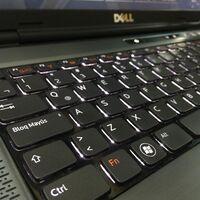 Microsoft corrige el fallo de Windows 10 2004 que provocaba una pantalla en negro en los monitores conectados al usar Office