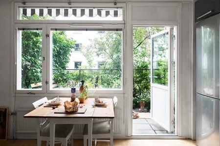 24 metros cuadrados, funcionales, muy maculinos y con jardín en Estocolmo