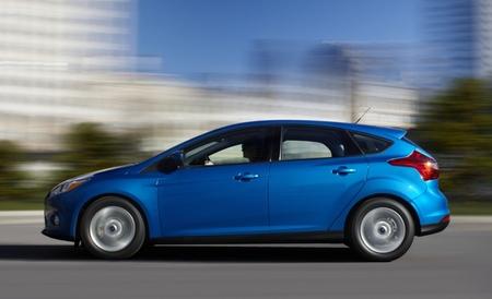 Ford Focus azul 03
