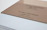 Kurt Geiger diseña la invitación más molona de todos los tiempos