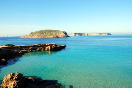 Hay otra Ibiza por descubrir: esta ruta en coche te ayudará a conseguirlo