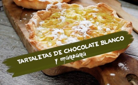 Tartaletas de chocolate blanco y manzana. Receta de postre en video
