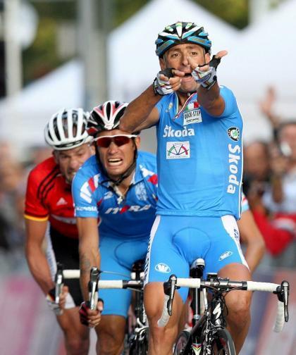 Paolo Bettini se pasa a los rallyes