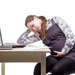 Si estás embarazada, el cambio de hora es solo una razón más por la que duermes mal
