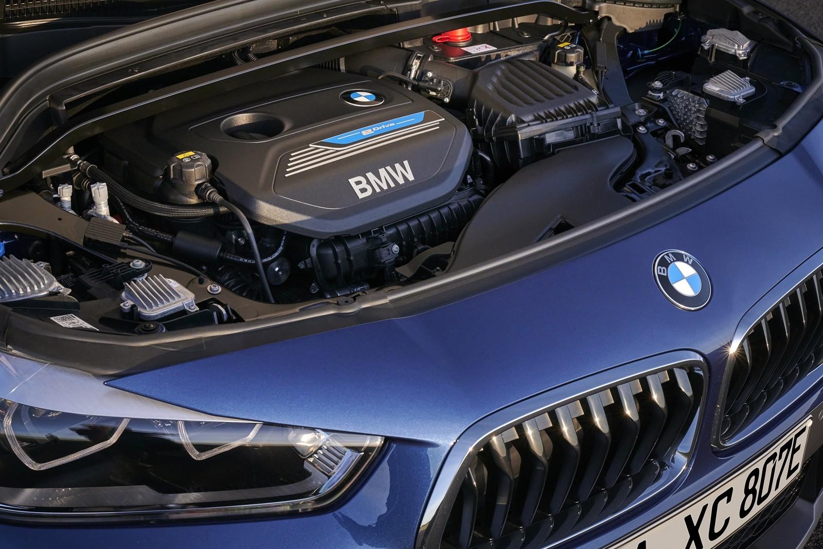 Foto de BMW X2 xDrive25e 2021 (21/53)