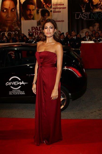 Eva Mendes en el Festival de Roma en el estreno de La Dolce Vita