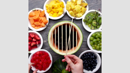 Por qué nos hipnotizan los vídeos cortos de cocina y qué hacer para desengancharse de ellos