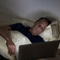 Si no logras quedarte dormido, un aburrido vídeo de Napflix podría ayudarte