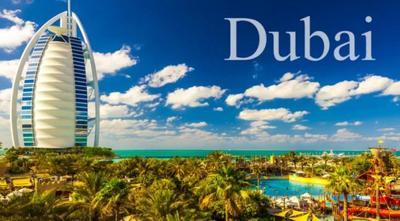 Time lapse: Dubái, un paseo en monorraíl junto a los rascacielos