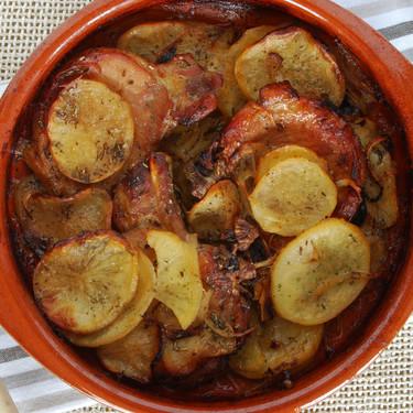Chuletas de cerdo a la sidra con patatas: receta fácil con sabor tradicional