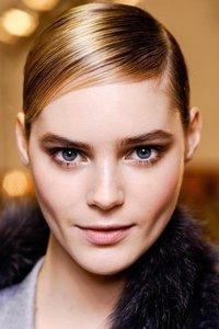 Cuida tu cabello en otoño: consejos de Anthony Llobet, estilista embajador de TRESemmé en España