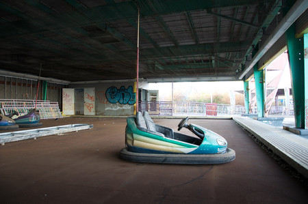 Abandonded Theme Park Seph Lawless 11