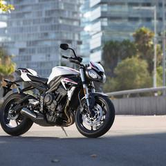 Foto 11 de 41 de la galería triumph-street-triple-s-2020 en Motorpasion Moto