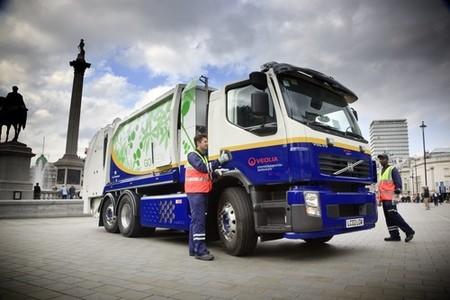 Camion de basura Volvo