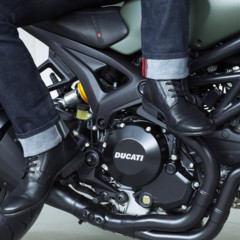 Foto 21 de 27 de la galería ducati-monster-diesel-tranquilos-sigue-siendo-gasolina en Motorpasion Moto