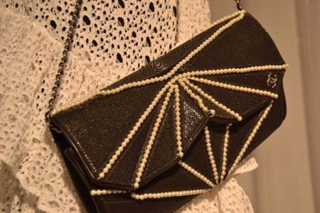 Bolso perlas Chanel colección Primavera-Verano 2012