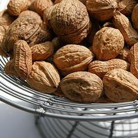 Consumir nueces y cacahuates reduce tasas de mortalidad