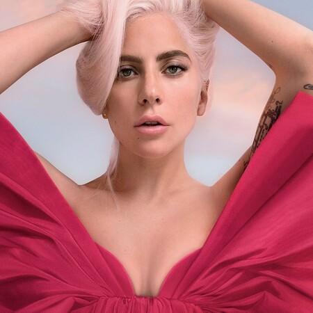 Sencillamente impresionante: Lady Gaga se estrena como la nueva imagen de Voce Viva, el último perfume de Valentino