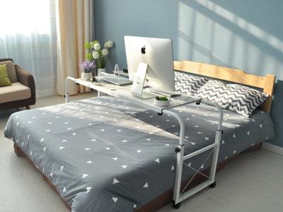 Decoraci n dormitorios p gina 8 decoesfera for Mesa para comer en la cama