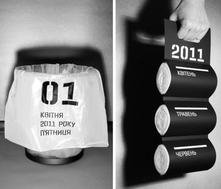 Un calendario en bolsas de basura