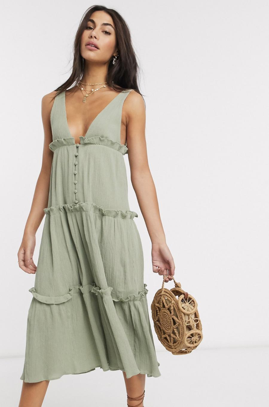 Vestido veraniego midi con parte delantera abotonada en un diseño arrugado texturizado caqui de ASOS DESIGN