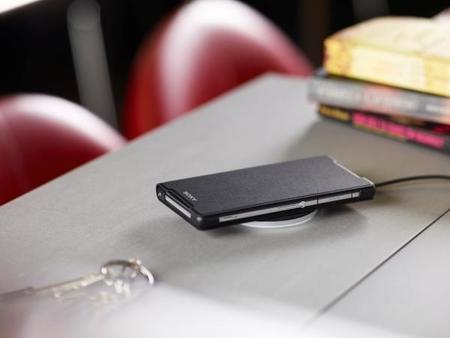 Sony anuncia dos accesorios para cargar inalámbricamente el Xperia Z2