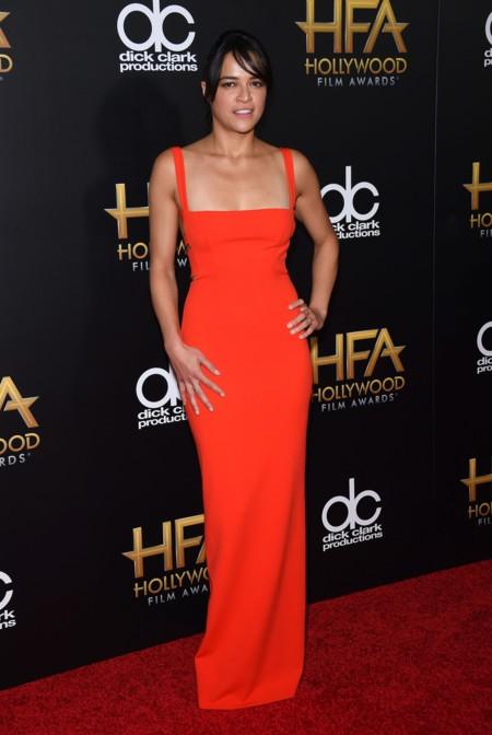 Michelle Rodriguez se quedó sin escote