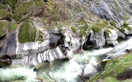 La Garganta del Infierno y las piscinas naturales del entorno del Valle del Jerte